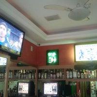 Foto tirada no(a) Bar Oasis por Carlos Alberto Martins L. em 7/1/2012