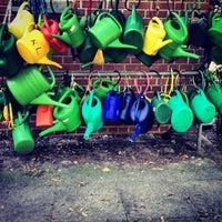 Das Foto wurde bei Lazarus Schulen von Rhinover am 8/20/2012 aufgenommen