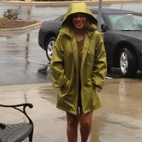 Photo taken at Olive Garden by Ray A. on 3/8/2012