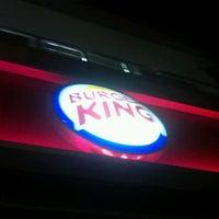 8/20/2012 tarihinde Ege U.ziyaretçi tarafından Burger King'de çekilen fotoğraf