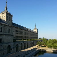 Photo taken at Monasterio de San Lorenzo de El Escorial by Alberto H. on 7/6/2013