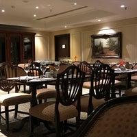 Foto tomada en St. Regis Restaurante por Diego P. el 9/17/2017