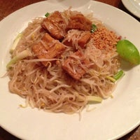 Photo prise au Pepper Sky's Thai Sensation par Patricia C. le8/17/2013