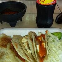 Photo taken at Comidas Caseras Linda Vista by Gerry C. on 5/20/2014