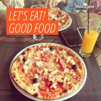 Снимок сделан в Pizza Plus пользователем Inna G. 8/15/2013