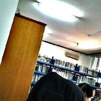Photo taken at Perpustakaan Fakultas Keperawatan USU by Sapna C. on 5/30/2013
