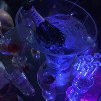 Foto tomada en Saint Nightclub por Brando el 8/12/2017