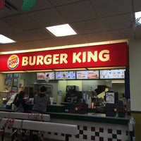 Photo taken at Burger King by Ricardo F. on 12/20/2014