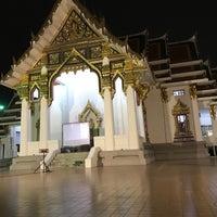 Das Foto wurde bei พระบรมสารีริกธาตุ วัดพระศรีมหาธาติ von สาว ช. am 12/31/2016 aufgenommen