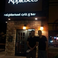 Photo taken at Applebee's by Andres L. on 5/30/2013