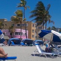 Photo taken at Marriott Hollywood Beach by Rebecca M. on 5/25/2013