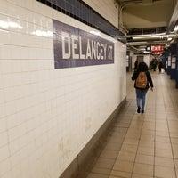 Das Foto wurde bei MTA Subway - Delancey St/Essex St (F/J/M/Z) von Terence F. am 1/11/2018 aufgenommen