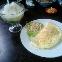 Photo taken at Mie Ayam Bakso AA by septiana a. on 5/27/2013