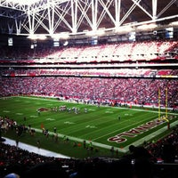 Photo taken at University of Phoenix Stadium by Maucsita on 12/23/2012