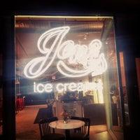 Photo taken at Jeni's Splendid Ice Creams by Kendra W. on 9/30/2013