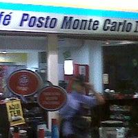 Photo taken at Posto Monte Carlo II by Evandro L. on 6/11/2014