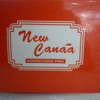 Photo taken at New Canaã Confeitaria Fina by Dino Gomes T. on 9/16/2013