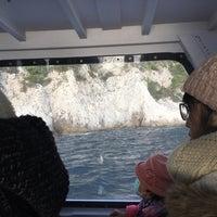 Foto scattata a Marina Piccola di Capri da Nick Z. il 2/15/2018
