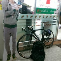 Photo taken at 7-Eleven by Rawiphol Y. on 2/12/2014
