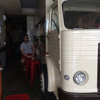 Foto tomada en El Jefe Traveling Food por Duygu D. el 7/21/2016
