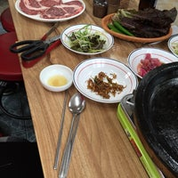 Photo taken at 왕순한우식육식당 by sangsoo k. on 11/2/2015