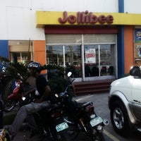 Photo taken at Jollibee by Craig C. on 9/13/2013