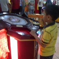 Photo taken at Timezone by Marisa V. on 4/23/2013