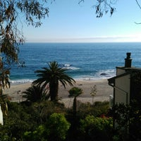 Photo taken at West Street Beach by Sonercan on 7/10/2016