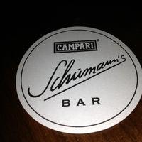 Das Foto wurde bei Schumann's Bar von Matt C. am 5/26/2013 aufgenommen