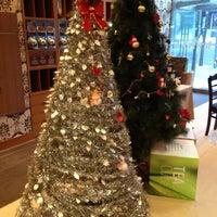 Photo taken at Gloria Jean's Coffees by ZehWarnn P. on 12/27/2012