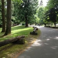 Das Foto wurde bei Woodland Park von Mariam K. am 5/25/2013 aufgenommen