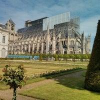 Photo taken at Jardin de l'Archevêché by s a. on 5/26/2013