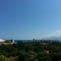Foto scattata a Antalya Migros AVM da Ahmet Ç. il 6/16/2013