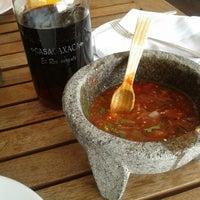 Foto tomada en Casa Oaxaca El Restaurante por Klauudia G. el 6/19/2013