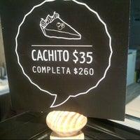 Foto tirada no(a) Cachito Mío Quiches & Tartas por Chilangas H. em 7/27/2013