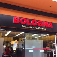 Foto tomada en Rotisserie Bologna por luizeduardocm el 2/9/2013