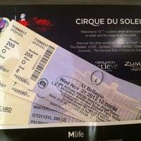 Foto scattata a Le Cirque da luizeduardocm il 11/20/2012