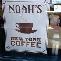 Photo taken at Noah's Bagels by Ali R. on 5/30/2013