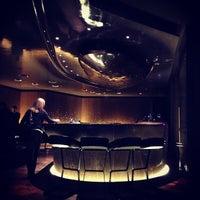 Photo prise au Mandarin Oriental Paris par Jonathan Z. le12/16/2012