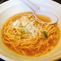 Photo taken at 濃麺海月 by ninuor on 6/2/2018