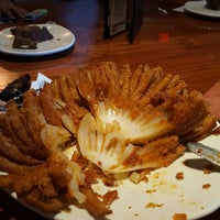 Photo taken at Outback Steakhouse by Jaselyn R. on 5/15/2016