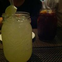 Foto tirada no(a) Two Lizards Mexican Bar & Grill por Meg F. em 6/9/2013