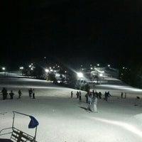 รูปภาพถ่ายที่ Liberty Mountain Resort โดย Sean A. เมื่อ 2/10/2013