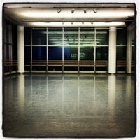 Foto tomada en The Ailey Studios (Alvin Ailey American Dance Theater)  por Gerry C. el 3/19/2013