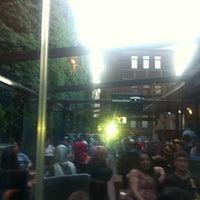 6/10/2013 tarihinde Hobbit H.ziyaretçi tarafından Vefakar Cafe'de çekilen fotoğraf