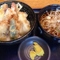 Photo taken at 春花秋灯 大道生命ビル店 by Satoru S. on 8/6/2014
