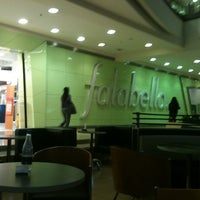 Photo taken at Falabella by Abraham G. on 2/27/2013