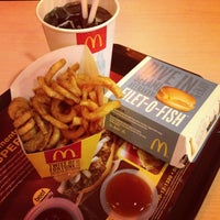 Photo taken at McDonald's by Averson O. on 12/18/2012