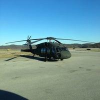 Das Foto wurde bei Executive Air Terminal (CRW) von ryan w. am 1/26/2013 aufgenommen