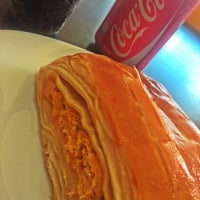 Photo taken at Dom Fernandes Panificadora e Restaurante by David X. on 4/23/2015